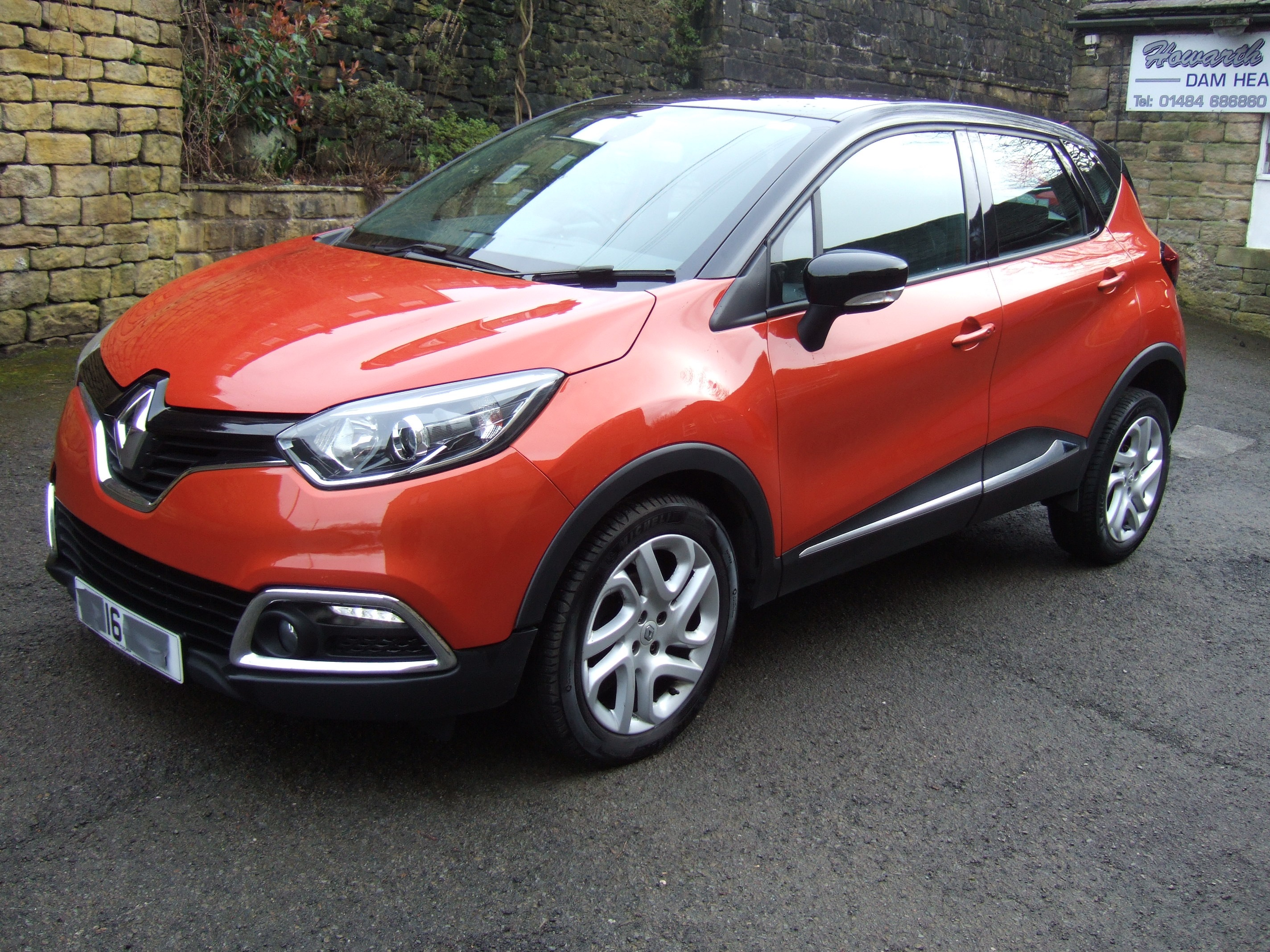 16 Reg Renault Captur Dynamique Nav Howarth Motor Co